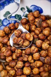 Kikkererwten in een jasje uit de oven - glutenvrije knabbel, lekkere vervanger van borrelnoten
