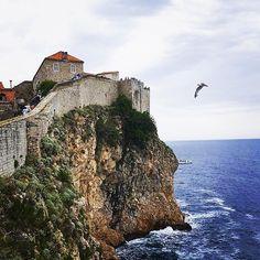 #tbt to when @gowski29 was exploring a very moody looking #Dubrovnik  #europe #traveller #backpacking #interrail #bucketlist #cliffs #gameofthrones #beautiful #moody #summer2016 #euroventure