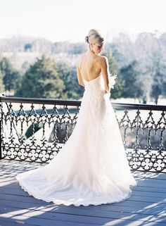 For a country club wedding: http://www.stylemepretty.com/2016/05/03/discover-your-perfect-venue-gown-pairing/