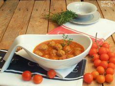 7gramas de ternura: Fettuccini com Tomate e Almôndegas