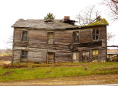Slowly sinking in Reagantown, PA by Equinox27, via Flickr