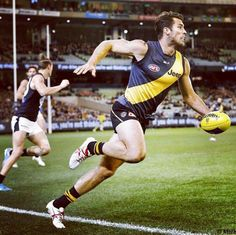 Alex Rance Richmond Afl, Richmond Football Club, Rugby Players, Sport Man, Dream Team, Male Body, Athletes, Bodies, Melbourne
