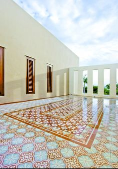 I love, love, love #Portuguese and #Maroccon tiles. In- or outside.