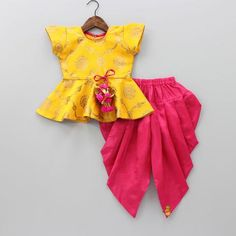 Indian Wear, Ethnic Wear for Girls Girls Maxi Dresses, Stylish Dresses For Girls, Frocks For Girls, Little Girl Dresses, Girls Frock Design, Baby Dress Design, Baby Frocks Designs, Kids Frocks Design, Kids Dress Patterns