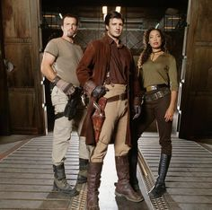 and TV series FireFly! Adam Baldwin, Nathan Fillion and Gina Torres (yes, and most of these actors are on some of your fave shows NOW) Joss Whedon, Firefly Series, Firefly Cast, Firefly Jayne, Firefly Quotes, Firefly Cosplay, Nathan Fillon, Malcolm Reynolds, Adam Baldwin