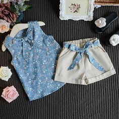 New Summer Baby Girls Clothing Sets Bow Floral Sleeveless Vest Top+ Shorts Pants Baby Kids Children Girls Clothing Set Hot Sale. Baby Girl Fashion, Fashion Kids, Fashion Outfits, Fashion Trends, Short Outfits, Kids Outfits, Baby Dress Design, Baby Dress Patterns, Dresses Kids Girl