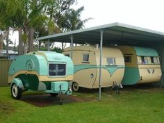 Ah, the art of glamping. Combining chic ideas with the outdoors, glamping is a way to have fun and be comfortable. Not quite camping yet not quite a s. Small Camper Trailers, Small Campers, Vintage Campers Trailers, Vintage Caravans, Camping Trailers, Classic Trailers, Retro Caravan, Camper Caravan, Vintage Camper Interior