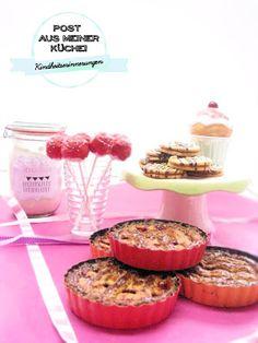 Nougattaler, Linzer Törtchen, Vanille-Kirsch-Waffel Cake Pops und Fantakuchen Backmischung.