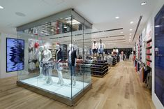 Uniqlo flagship store by Wonderwall, Tokyo