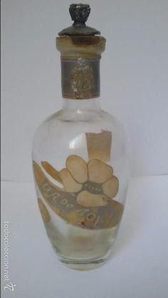 Preciosa botella perfume o colonia. Original. Primer tercio Siglo XX. Barcelona. Perfumería París - Foto 1