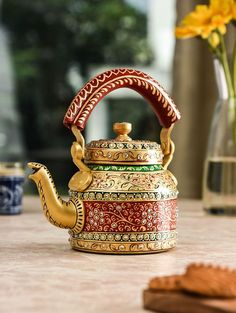 Have your morning cup of tea in true authentic Rajasthani style with this tea kettle. Made of aluminum, this tea kettle is durable and will get you a lot of compliments for its traditional design. Rajasthani Painting, Rajasthani Art, Indian Crafts, Indian Home Decor, Diy Home Decor Projects, Home Decor Items, Diy Diwali Decorations, Stage Decorations, Boating Gifts