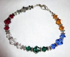 "VINTAGE ESTATE 7"" RED/BLUE/GREEN/GOLD/GRAY/CLEAR GLASS BEAD BRACELET"