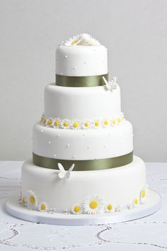 Butterfly and daisy cake