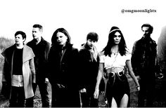Kendall Jenner manip with a part of the Once Upon A Time cast