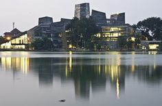 The gorgeous Universitas Indonesia's library in the city of #Depok - we have a #Starbucks there, ya' know ;)