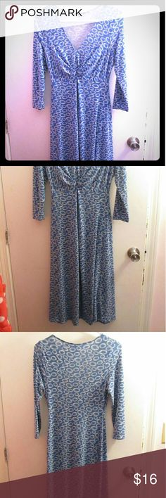 Light blue dress! Cool, light blue, 3/4 length sleeve dress. Mid-length, with white details. Gathered a little in the bust, so it compliments smaller bust sizes really nicely. Dress hugs in all the right places and is really versatile. Wear with layers in cooler weather or alone in warm weather. Good for casual and professional environments. Dresses Long Sleeve