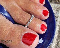 Stunning Toe Ring  Body Jewelry  Elegant  Toe Ring   by TinyBox12, $11.99