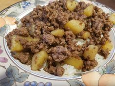 Ground Beef And Potatoes Oh So Simple Recipe Food Com Recipe Ground Beef And Potatoes Meat And Potatoes Recipes Beef And Potatoes