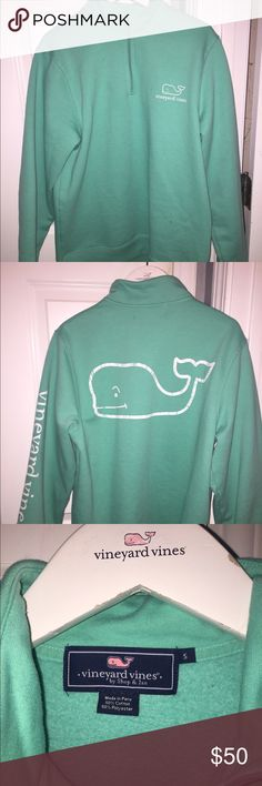 Men's Vineyard Vines Whale Quarter zip Small Green cotton Quarter zip. Very soft on the inside and very warm. Great color. Vineyard Vines Jackets & Coats