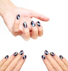 Rymdnaglar av Sofia Milk Galaxy Nails, Milk, Galaxy Nail