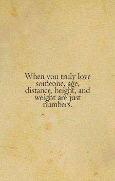 Cuando amas de verdad a alguien, los años, la distancia, la altura y el peso son solo numeros