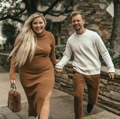 Both these looks are perfect for fall and the holidays plus this dress is so comfy! Curvy Women Fashion, Plus Size Fashion, Womens Fashion, Petite Fashion, Looks Style, My Style, Curvy Girl Lingerie, Look Plus Size, Modelos Plus Size