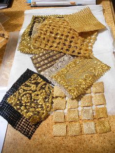 Gold lace samples