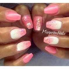 Pink & white @MargaritasNailz