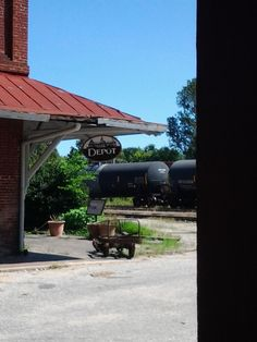 old train depot in holly springs, ms