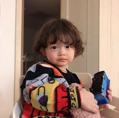 kid child ulzzang 얼짱 children girl boy baby cute kawaii adorable korean pretty beautiful hot fit japanese asian soft aesthetic 孩 子 g e o r g i a n a : 人 Cute Asian Babies, Korean Babies, Asian Kids, Cute Babies, Ulzzang Kids, Cute Baby Pictures, Baby Fever, Cute Kids, Little Ones