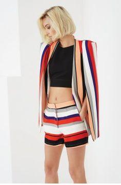 Emma : Lindsay Lohan cria roupa para Lavish Alice
