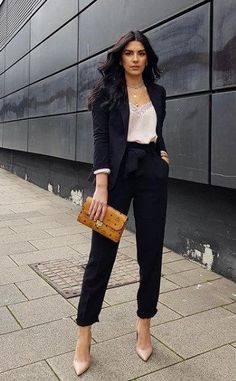 Office Outfits Women, Business Casual Outfits For Women, Stylish Work Outfits, Professional Outfits, Cute Casual Outfits, Outfits For Work, Look Casual, Business Casual Attire, Formal Outfits