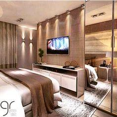 Boa noite!✨ Lindissimo quarto de casal By @germana_rabello #ambiente  #arquiteturadeinteriores  #archdesign #homedecor #homedesign #homestyle #interiores #quartodecasal #bedroom #suitecasal #instadecor #home #instadecor #instadesign #interiordesign #design #style #detalhes #produção #revestimento #decoreseuestilo #desingdecor #decoraçãodeinteriores #decoração #decorhome #luxury #decorando #decorlovers #decordesign