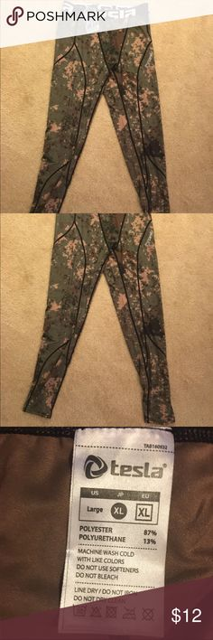 Tessa Hyper Dry Base layer Pants Camo base layer sport pants Tesla Bottoms