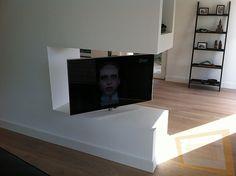TV paal 180 graden draaibaar