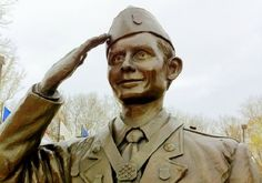 This is Desmond Doss, the soldier who refused to carry a gun during WWII. He was the first conscientious objector in America's history to receive the Medal of Honor, the highest award the military gives. To say he wasn't a typical soldier is putting it way too lightly.Desmond Dossdidn't eat meat, wouldn't train on Saturdays and adamantly refused to carry a gun. Heck, he wouldn't even carry a bayonet. But during one of the worst battles of WWII, Doss is credited with saving 75 lives…