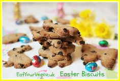 A fun little biscuit make for wee hands. Lots of mixing and cutting out action sure to delight. Tasty too! @Eat_Your_Veg