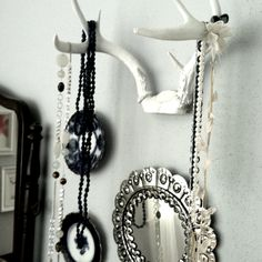 A plan for a new necklace holder. I could really put that box of antlers in the garage to use. Diy Jewelry Holder, Necklace Holder, Diy Necklace, Necklaces, Antler Necklace, Deer Antlers, Purple Gold, Jewellery Display, Jewelry Organization