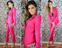 Mariana Rios usa saia Bo.Bô, camisa branca Zara, bolsa de oncinha da 284, sapato schutz e óculos escuro Gucci