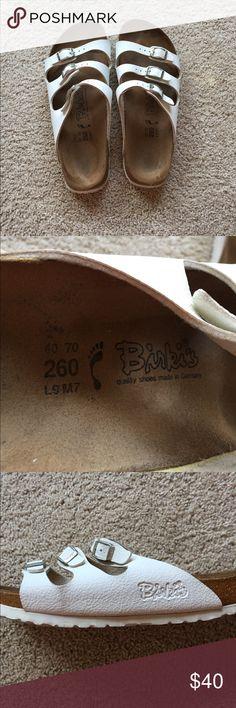 Birkenstock three band sandals White size 9 Birkenstocks. Slightly worn- perfect for summer! Birkenstock Shoes Sandals