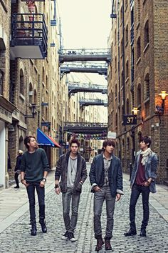 """CNBLUE share their thoughts on Girls' Generation's """"I Got A Boy"""""""