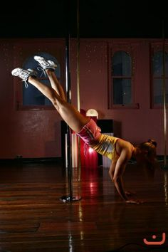 Push-ups from pole