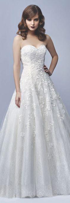 Enzoani sweetheart Aline lace wedding dress - Deer Pearl Flowers / http://www.deerpearlflowers.com/wedding-dress-inspiration/berta-bridal-fall-2016-straplress-sweetheart-mermaid-wedding-dress/