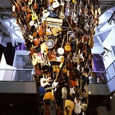 EMP Museum (Experience Music Project & Science Fiction Museum)