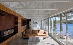 Mirror Point Cottage by MacKay-Lyons Sweetapple Architects Annapolis Royal, Nova Scotia. #RecordHouses #residentialarchitecture #house #homedesign #designinspo #Canada
