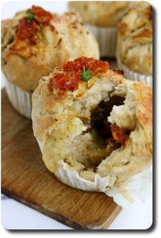 Muffins-Pizza aux tomates séchées, mozzarella et pesto
