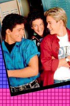 Resume Episode Saved by the Bell - Wall Street Childhood Images, Zack Morris, Elizabeth Berkley, Saved By The Bell, Hot Guys, Hot Men, Retro, Wall Collage, Memphis