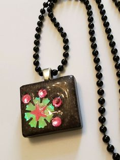 Handmade Pink/Black Flower with Black Tile Dog Tag Chain Pendant Necklace 90s Jewelry, Black Tiles, Diffuser Necklace, Metallic Blue, Chain Pendants, Pink Black, Dog Tags, Pendant Necklace, Flowers