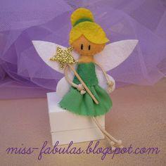 Doll brooch #tinkerbell handmade in felt. Broche muñeca #Campanilla hecho a mano en fieltro.