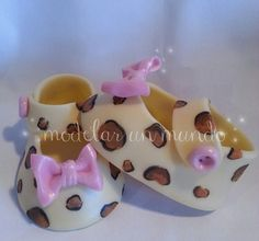 baby shoes animal print cold porcelain